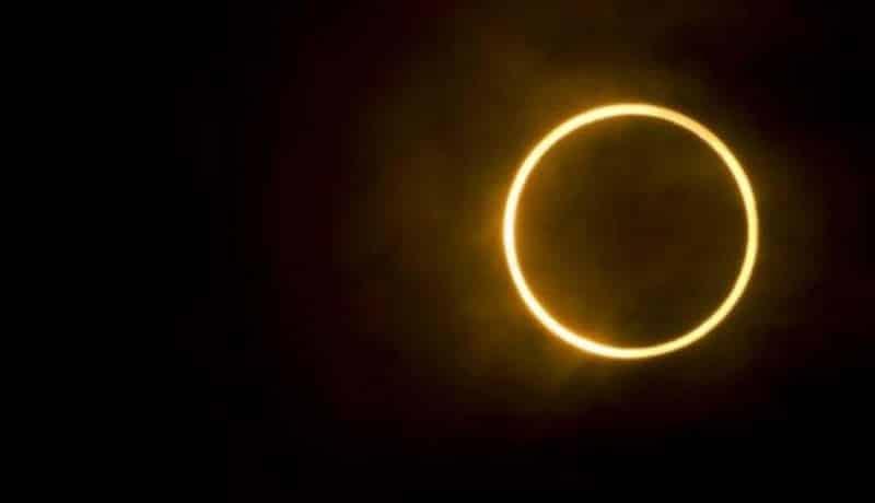 Gerhana-matahari-cincin